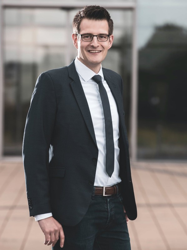 Nils Rikhof